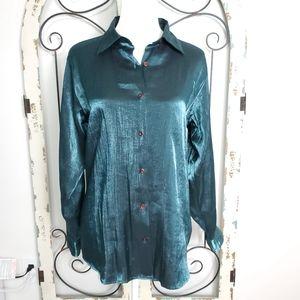 Kathy Ireland shimmery blouse medium